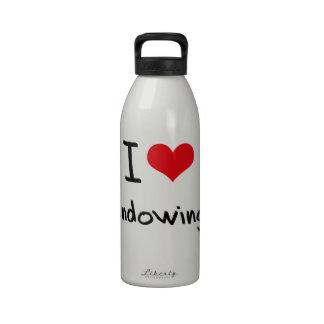 Amo el dotar botella de beber