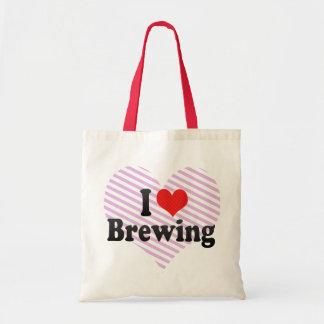 Amo el elaborar cerveza bolsas de mano