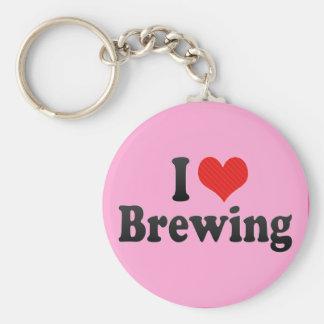 Amo el elaborar cerveza llavero