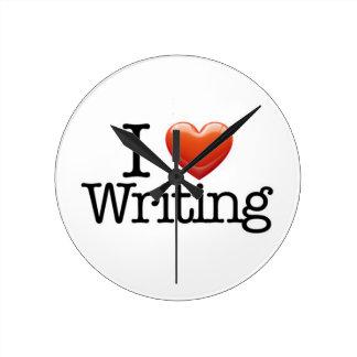 Amo el escribir alrededor del reloj de pared blanc