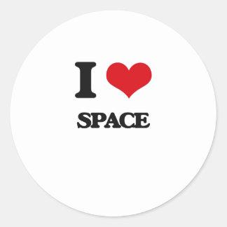 Amo el espacio pegatina redonda