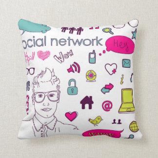 Amo el establecimiento de una red social - cojín decorativo