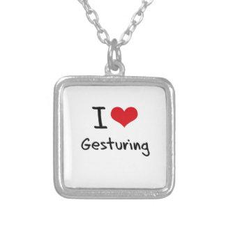 Amo el gesticular grimpolas