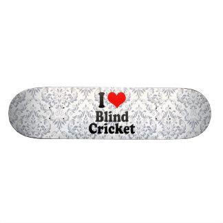 Amo el grillo ciego patin