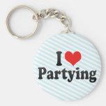 Amo el ir de fiesta llaveros