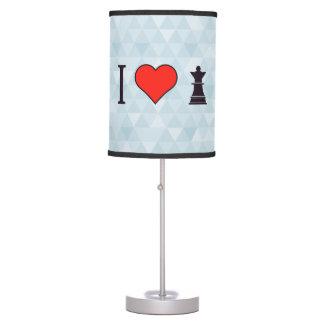 Amo el jugar de ajedrez lámpara de mesa