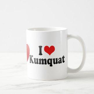Amo el kumquat taza clásica
