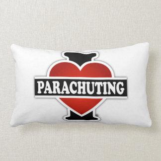 Amo el lanzarme en paracaídas cojín