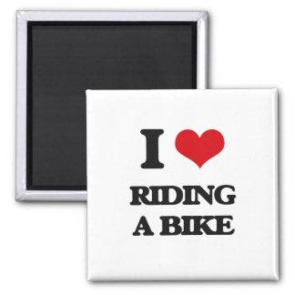 Amo el montar de una bici imán cuadrado