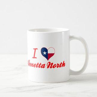 Amo el norte de Annetta, Tejas Taza Básica Blanca