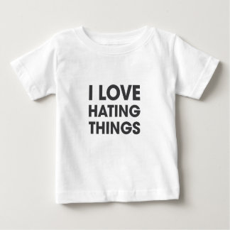 Amo el odiar de cosas playera de bebé