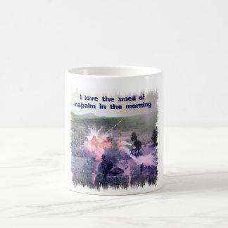 ¡Amo el olor del napalm por la mañana! Taza De Café