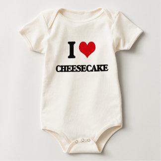 Amo el pastel de queso trajes de bebé