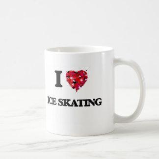 Amo el patinaje de hielo taza básica blanca