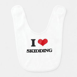 Amo el patinar baberos para bebé