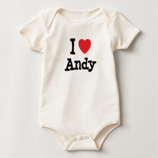 Amo el personalizado del corazón de Andy Trajes De Bebé