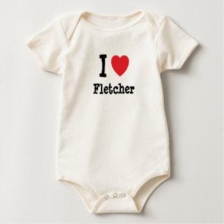 Amo el personalizado del corazón de Fletcher Mameluco De Bebé