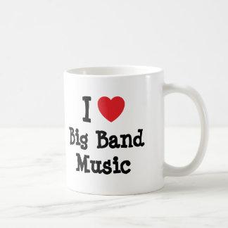Amo el personalizado del corazón de la música de b taza