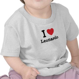 Amo el personalizado del corazón de Leonardo Camiseta