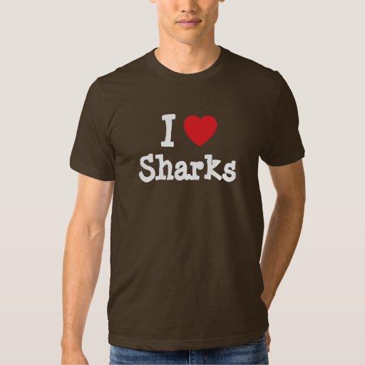 Amo el personalizado del corazón de los tiburones playeras