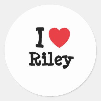 Amo el personalizado del corazón de Riley Pegatina Redonda