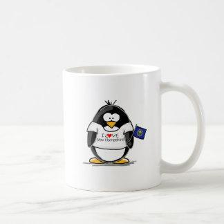 Amo el pingüino de New Hampshire Taza Básica Blanca