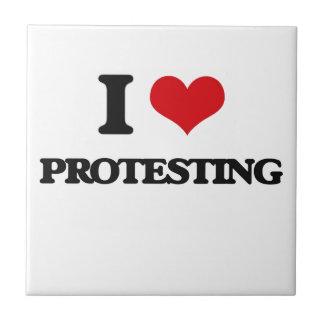 Amo el protestar tejas  cerámicas