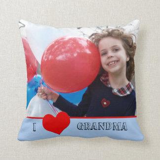 Amo el regalo de la almohada de la foto de la abue