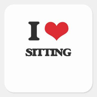 Amo el sentarme pegatina cuadrada