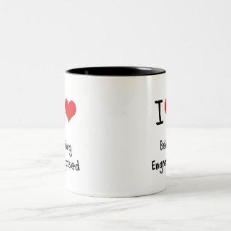 Amo el ser absorbido taza de dos tonos