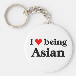 Amo el ser asiático llaveros