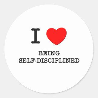 Amo el ser autodisciplinado pegatina redonda