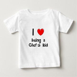 Amo el ser camiseta del niño de un cocinero playera para bebé