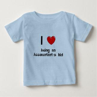 Amo el ser camiseta del niño de un contable remera