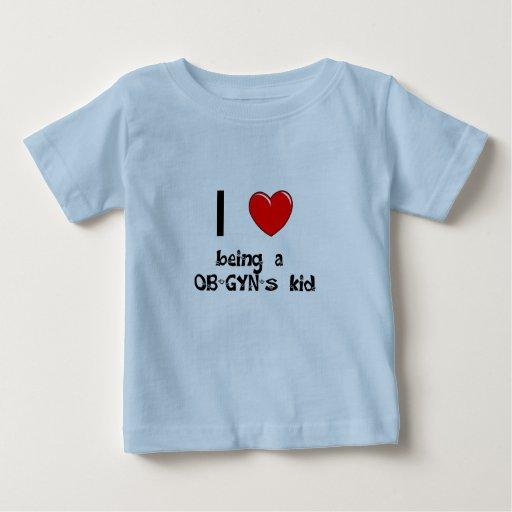 Amo el ser camiseta del niño de un OB-GYN