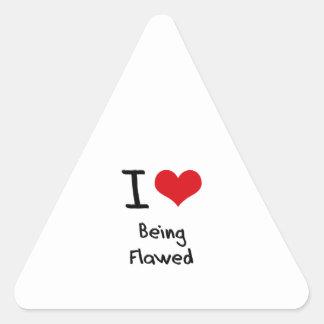 Amo el ser dañado pegatina triangular