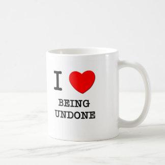 Amo el ser deshecho tazas de café