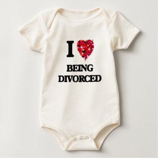 Amo el ser divorciado trajes de bebé
