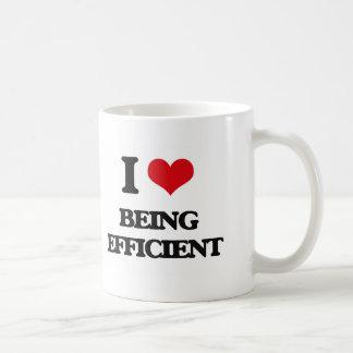 Amo el ser eficiente taza básica blanca