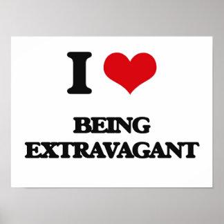 Amo el ser extravagante póster
