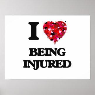 Amo el ser herido póster