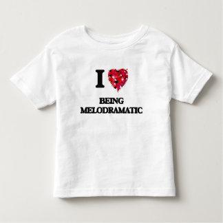 Amo el ser melodramático t-shirt