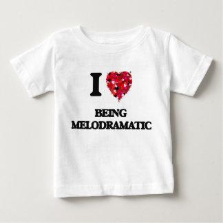 Amo el ser melodramático tshirts
