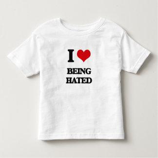 Amo el ser odiado playeras