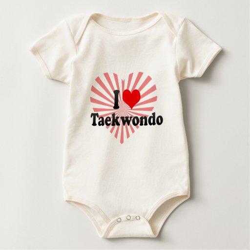 Amo el Taekwondo Traje De Bebé