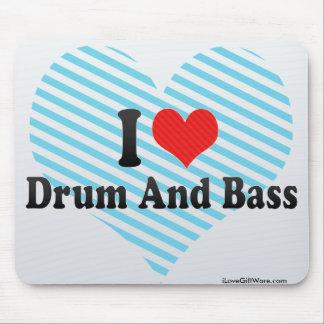 Amo el tambor y el bajo alfombrilla de raton