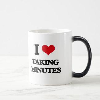 Amo el tardar de minutos taza mágica