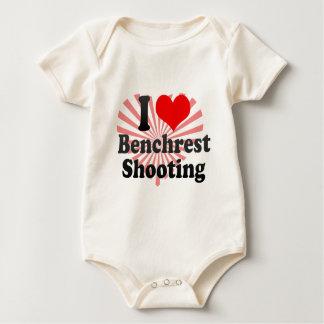 Amo el tiroteo de Benchrest Body Para Bebé