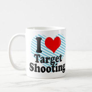 Amo el tiroteo de la blanco taza de café