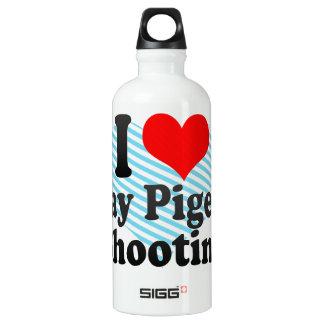 Amo el tiroteo del tiro de pichón botella de agua